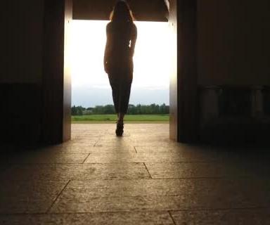 Ovi Magazine : Memories of my ex-girlfriend by Jay Gutman