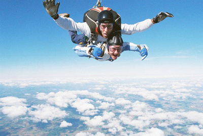 skydive_fall_400